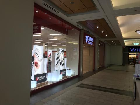 Famous Footwear, Bayshore, Steric Design & General Contracting
