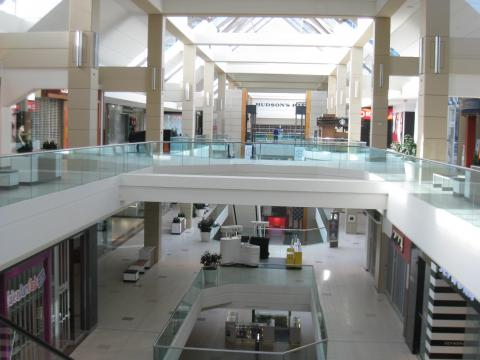 Bayshore Shopping Mall, Steric Design & General Contracting