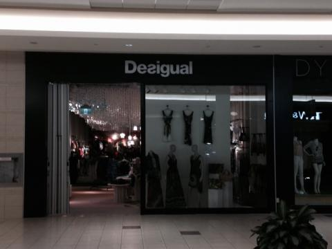 Desigual, Bayshore, Steric Design & General Contracting